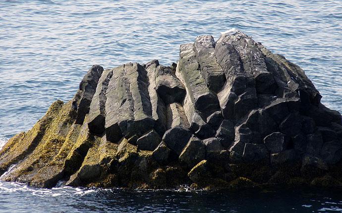 Basaltfelsen in Arnastapi